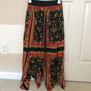 Tagged brand new Zara boho printed maxi skirt